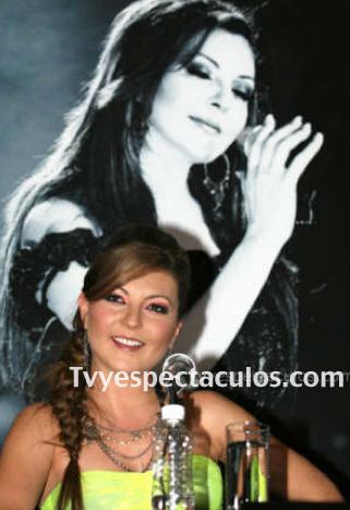 Feliz Cumpleaños a Mariana Ochoa