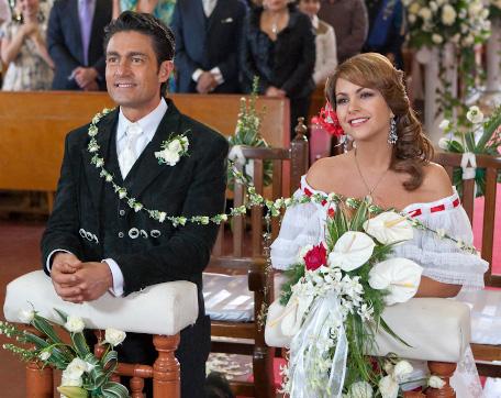Camino al altar grandes bodas de telenovela este s bado 9 for Espectaculos recientes de televisa