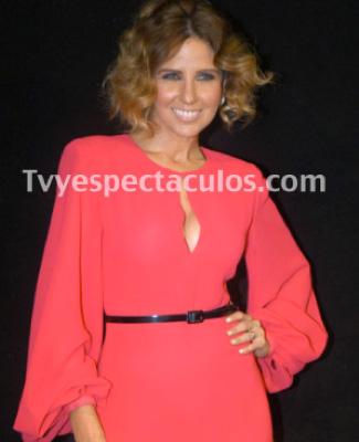 Raquel Bigorra conductora del programa de baile de Tv Azteca