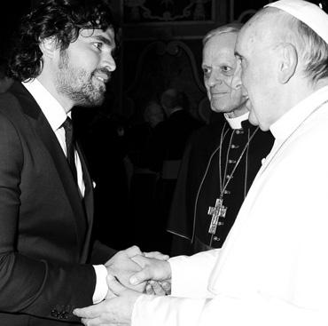 Eduardo Verastegui visitó al Papa Francisco en Roma