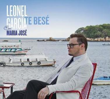 Video Te Bese de Leonel García con María José