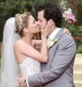 Ludwika Paleta y Emiliano Salinas en su boda