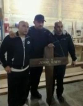 Continúan los probrema entre Lupillo Rivera y sus hermanos por mostrar la foto con la Cruz de Jenni Rivera