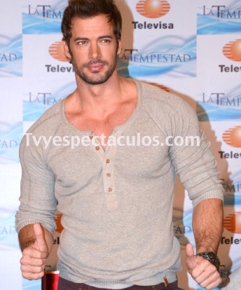 William Levy maltrata a empleado de Televisa