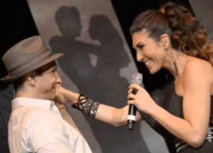 Video Simplemente amor de Ana Victoria y Erik Rubín