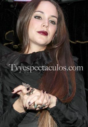 Firma de Autógrafos de Camila Sodi
