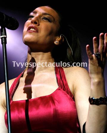 Feliz Cumpleaños a Mónica Naranjo