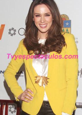 Jacqueline Bracamontes será la conductora de La Voz México 4