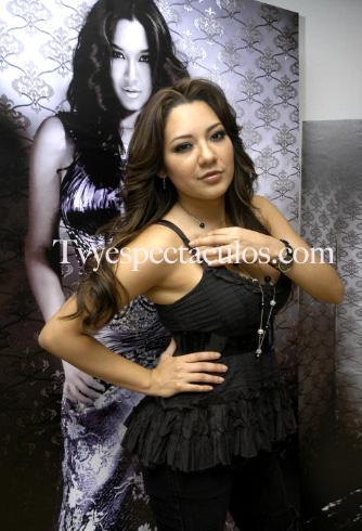 Nadia Yvonne
