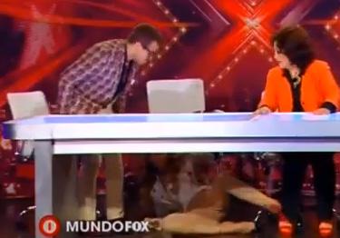 Belinda sufre caída de The X Factor