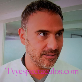 Hector Suárez Gomis con cabello