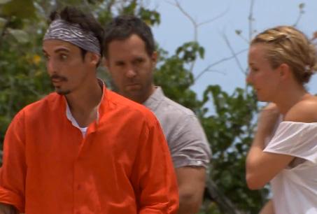 Alberto Guerra molesto con Michelle Vieth en La Isla