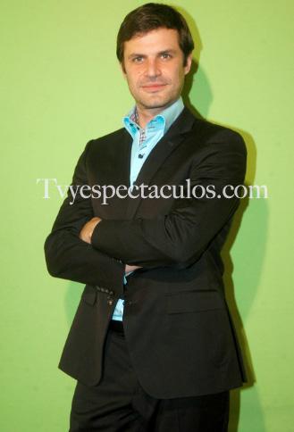 Mark Tacher podría ser conductor de El Chapuzón de Televisa