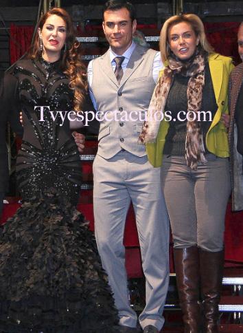 Ninel Conde, Sabine Moussier y Carmen Salinas en Perfume de Gardenia
