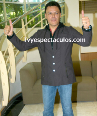 Pedro Fernández asegura no estar vetado en Televisa