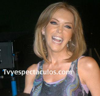 Laura Flores deja Televisa y se va a Telemundo