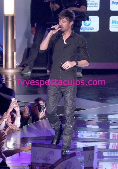 Enrique Iglesias vetado en Telehit