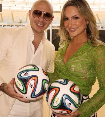 Pitbull y Claudia Leitte