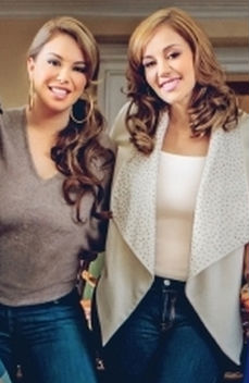 Rosie y Chiquis Rivera