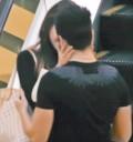Danna Paola besandose con Eleazar Gómez