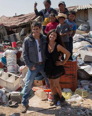 Maite Perroni y Daniel Arenas en grabaciones de La Gata