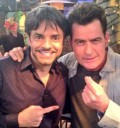 Charly Sheen y Eugenio Derbez