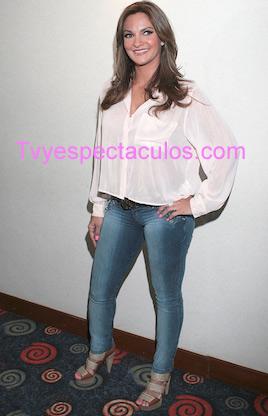Mariana Seoane quiere cantar tema de Espinoza Paz
