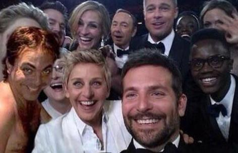 Memes Cristian Castro en el Oscar