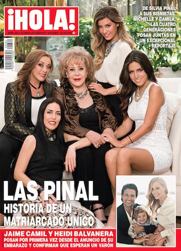 La Familia Pinal en Revista Hola