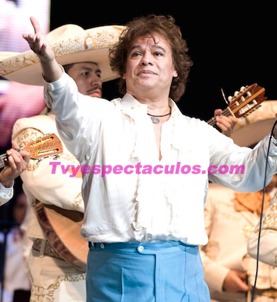 Juan Gabriel regresó al hospital