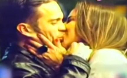 Kate del Castillo besando a Kuno Becker