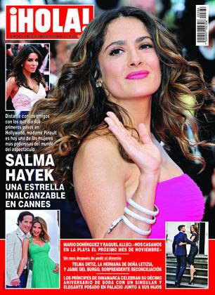Salma Hayek en revista Hola