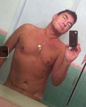 Sebastián Ligarde desnudo