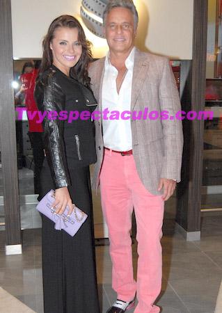 Alexis Ayala y Fernanda López se casaron