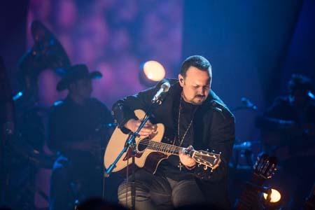 Pepe Aguilar grabó su Unplugged