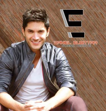 Firma de autógrafos de Daniel Elbittar 1 de agosto