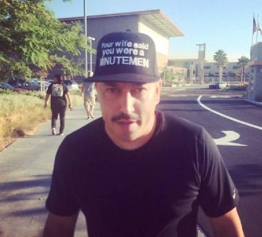 Lupillo Rivera apoya a migrantes