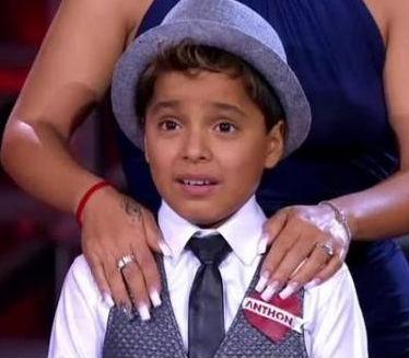 Anthon deja La Academia Kids