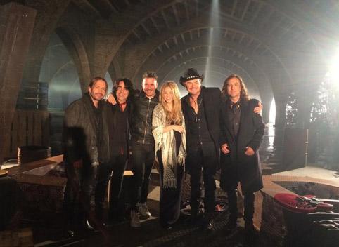 Shakira graba el video Mi Verdad con Maná