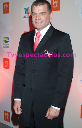 Se dice que Sergio Basañez podría regresar a Televisa con El Bien Amado