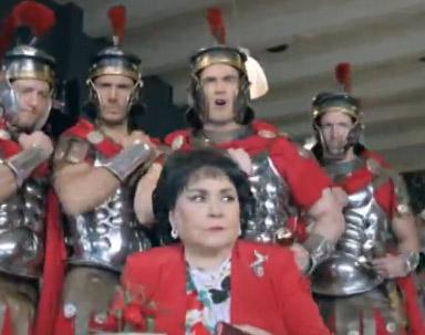 Carmen Salinas en comercial de Emperador