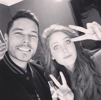 Juan Solo y Natasha Dupeyrón en grabación de video Contigo puedo ser quien soy