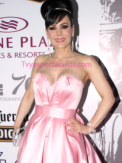 Maribel Guardia defiende a Joan Sebastian