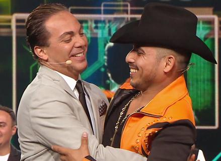 Cristian Castro y Espinoza Paz