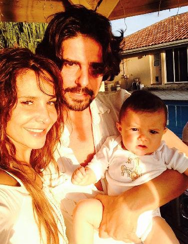 Lorena Rojas y familia