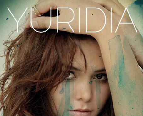 Yuridia niega formar parte de Televisa