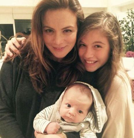 Silvia Navarro y su bebé