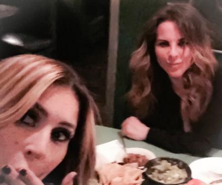 Jillian Barberie y Kate Del Castillo