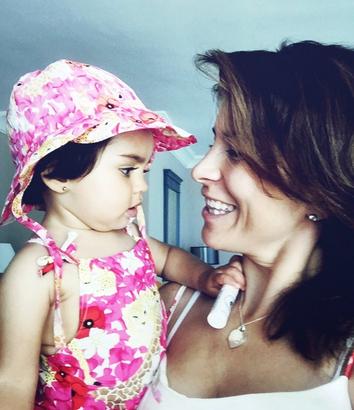 Alessandra Rosaldo e hija