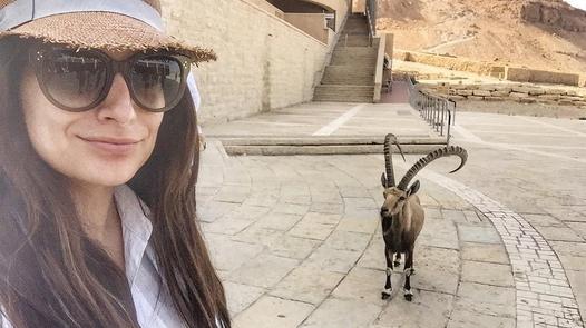 Ana Brenda Contreras en Israel